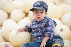 Pumpkin Patch Vancouver Washington by 8 Tips For Successful Pumpkin Patch Photos With Babies And Toddlers