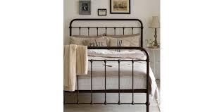 erstellen sie ein vintage schlafzimmer mit unserem vintage bett