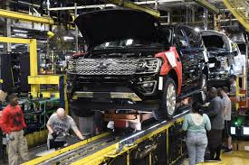 U.S. Factory Orders Up 1.4 Percent In September | The Spokesman-Review The Ford Super Duty Is A Line Of Trucks Over 8500 Lb 3900 Kg Motor Co Historic Photos Of Louisville Kentucky And Environs Revs Up Large Suv Production To Boost Margins Challenge Gm Auto Parts Maker Invest 50m In Thanks Part Us Factory Orders 14 Percent September Spokesmanreview Will Temporarily Shut Down Four Plants Including F150 Factory Vintage Truck Plant How Apply For Job All Sizes 1973 Assembly Flickr Photo Workers Get Overtime After Pickup Slows