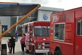 The Food Truck Round Up At Southpoint Volkswagen In Baton Rouge ... Keep On Trucking The Mobile Eatery Industry In Flux Baton Rouge Tacos Al Pastor From Taqueria Sanchez A Salvadorian Food Truck Curbside Concept 225 Petite The Bright Red Coffee Truck Will Open Uptown Cafe South Charter Academys Festival Round Up Splash Salivation Station La Foodographer Carys Ctham Street Chdown Food Lineup Announced News See Cacola Santa And Help Greater Bank May 12th New Radar Wandering Sheppard