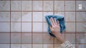 diese hausmittel helfen gegen schimmel im bad