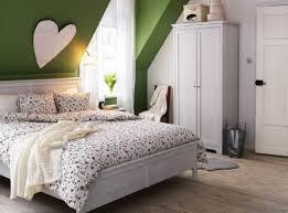 j aime le lit blanc et l armoire coordonnée mais je déteste
