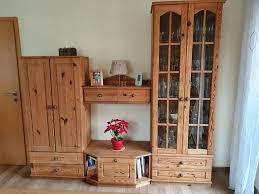 wohnzimmerschrank ohne dekoration