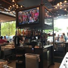 Moonshine Patio Bar And Grill Parking by Corner 268 Photos U0026 286 Reviews American Traditional 110 E
