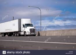 Powerful White Day Cab American Made Big Rig Semi Truck With Roof ... A Blue Modern Semi Truck With High Roof To Reduce Air Resistance And Volvo Trucks Ramp Up Production Recall 700 Employees 7872b31f7a0d3750bd22e5ec884396b0jpg Truck Trailer Aerodynamics Aerodynamic Stock Photos Images Alamy Hawk 21st Century Technical Goals Department Of Energy Ruced Fuel Costs Hatcher Smart Systems Thermo King Northwest Kent Wa Automotive Aerodynamics Wikipedia Innovative New Method For Vehicle Simulationansys Mercedesbenz