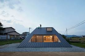 100 Japanese Modern House House In Japan Has A Climbable Roof Curbed