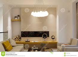 modernes luxuriöses wohnzimmer im landhaus stockbild bild
