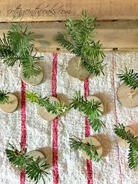 How To Make Tiny Christmas Trees