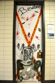 Halloween Door Decorating Contest Ideas by Behavioral And Social Science Students Decorate Doors For