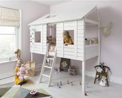 cabane chambre lit design cabane chambre enfant par restoration hardware bois