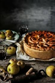 Foods Photo Alheira Green Cabbage And Apple Tart