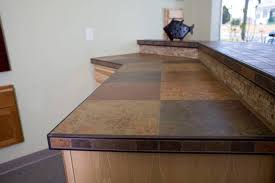 kitchen classique floors tile porcelain countertop schluter