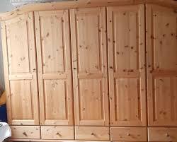 sehr schöne schlafzimmer bettanlage massiv kiefer gelaugt