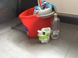produit nettoyage sol carrelage 6 astuces magiques pour que votre carrelage soit comme neuf
