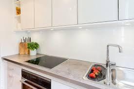 rückwand für eine weisse küche eine küchenrückwand aus hpl