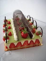 decoration patisserie en chocolat tonnelle en chocolat cuisiner bases sucrées pâtes à tarte