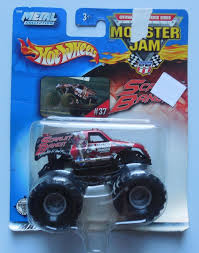 100 Hot Wheels Monster Truck Toys 2003 Jam 37 Scarlet Bandit 164