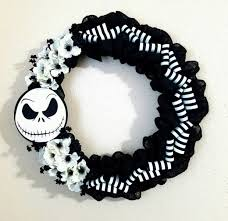 Nightmare Before Christmas Halloween Decorations Diy by 16 Scary And Creative Handmade Halloween Decorations For Your