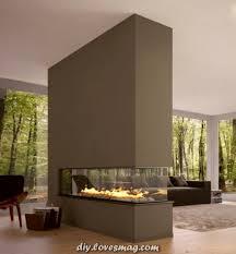 modernes wohnzimmer mit luxuriöser trennwand wand ofen