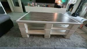 paletten wohnzimmertisch weiß mit laminat