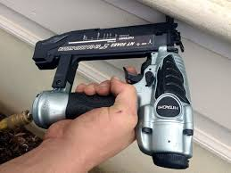 Flooring Nailer Vs Stapler by Pneumatic Vs Cordless Nailers What U0027s The Best Choice Ptr