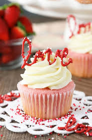Strawberry Cupcakes Cream Cheese Frosting4