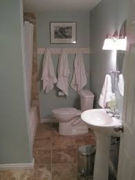 the best colors to paint a beige tiled bathroom builder grade