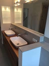 dachbad mit whirlwanne dusche doppel waschtisch und wc