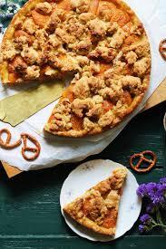 kuchenliebe aprikosenmandelkuchen mit brezel karamell
