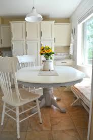 DIY Chalk Painted Farmhouse Style Table