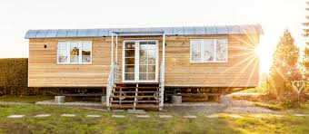 tiny and small houses bauwagen zirkuswagen schäferwagen