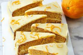 carrot cake mit frischkäse orangen creme