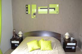 chambre taupe et vert awesome decorer chambre adulte vert anis contemporary design