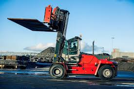 Find A Distributor Blog Kalmar Receives Order For 18 Heavy Forklift ... 2008 Shunter Kalmar Camions Dubois Introduces Its Latest Forklift To The North American Market Heavy Trucks 1852 Ton Capacity Pdf Gains Important Orders From Dp World For Terminal Tractors 2012 Single Axle Shunt Truck 2047 Little League Equipment Boosts As Major Ethiopian Terminals Expand Find A Distributor Blog Receives Order 18 Forklift Ecf 809 Triplex Electric Price 74484 Image Gallery Ottawa Dcd 455 Diesel Forklifts 7645 Year Of Trucks Windsor Materials Handling Drf 45070s5x Cstruction 89950 Bas