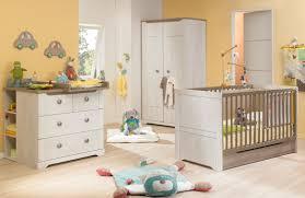 chambre autour de bébé ophrey com chambre bebe lune prélèvement d échantillons et une