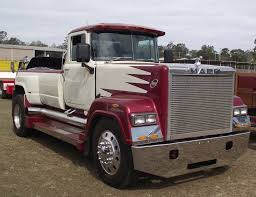 100 Mack Pickup Truck S S Superliner