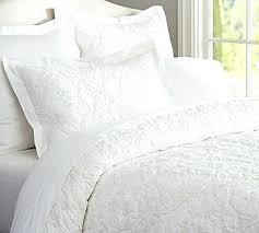 Bed Quilts Queen by White Bed Quilt Queen White Comforter For Sale White Bed Comforter