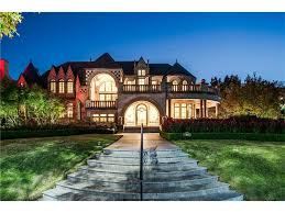 100 Architectural Masterpiece This Highland Park Is Perfect For