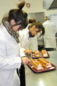 aide de cuisine cap aide à la personne et vente lycée professionnel clair foyer