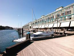 100 Woolloomooloo Water Apartments FRESHLY PAINTED CARPETED THROUGHOUT WATERFRONT APARTMENT