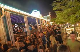 Daiquiri Deck Raw Bar Siesta Key by St Patrick U0027s Day Pub Crawl In Siesta Village News Sarasota