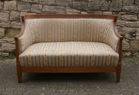 Biedermeier Sofa Zu Verkaufen by Polstermöbel Antiquitäten La Belle Epoque