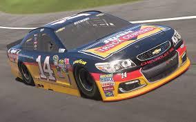 100 Rush Truck Stewart Centers NASCAR Heat 3