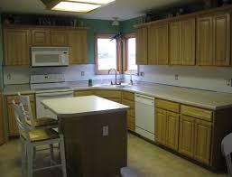 Kitchen Backsplash Ideas With Dark Oak Cabinets by Kitchen Backsplash Ideas With Oak Cabinets 28 Images