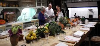 l ecole de cuisine de un cours de cuisine avec christian peyre dans un lieu historique