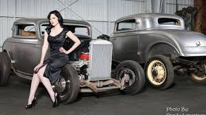 100 Country Girls And Trucks Wallpaper