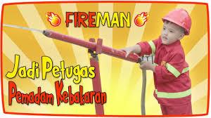 Anak Kecil Jadi Petugas Pemadam Kebakaran Di Ko... - With Loop ...