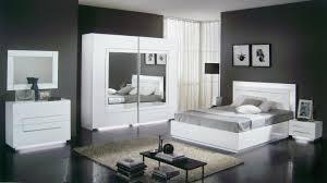 chambre avec meuble blanc chambre avec meuble blanc avec awesome chambre blanc laque design
