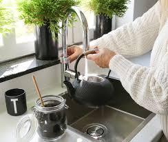 quooker kochendes wasser aus dem wasserhahn raumkrönung