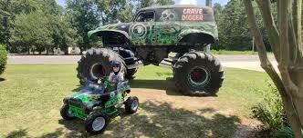 100 Monster Truck Grave Digger Videos My Son Loves Monster Trucks So I Built Him One Daddit